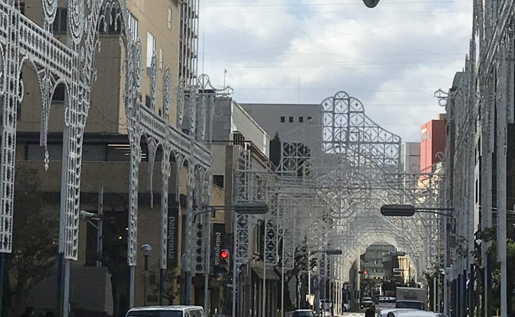神戸市 設計 建築家 神戸ルミナリエ 震災 耐震